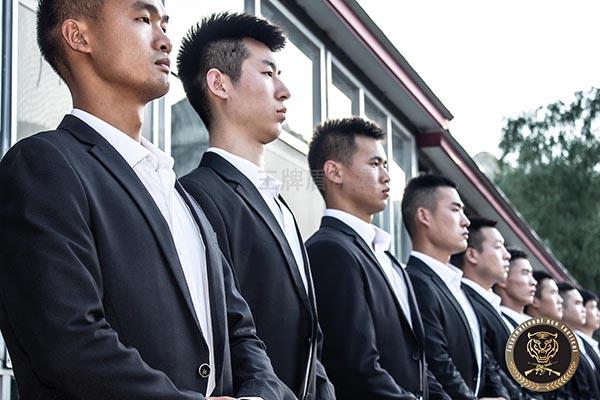 广州商务保镖的为人处事要遵循哪些准则?
