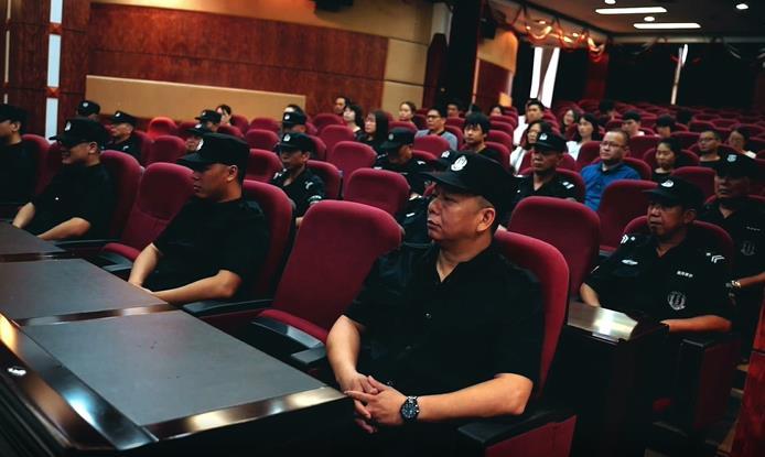王牌战术学院派出多名资深教员对恒亿集团安保队伍进行全方位的集中式培训与管理建设